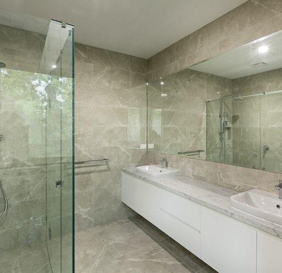 contemporary bathroom wsmontalbert_5599-min
