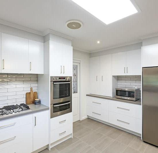 contemporary kitchen marferntreegully_0835-min