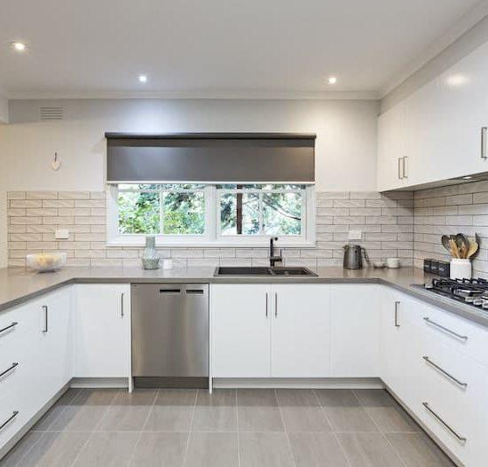 contemporary kitchen marferntreegully_0860-min