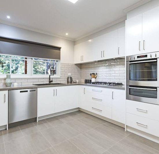contemporary kitchen marferntreegully_0883-min
