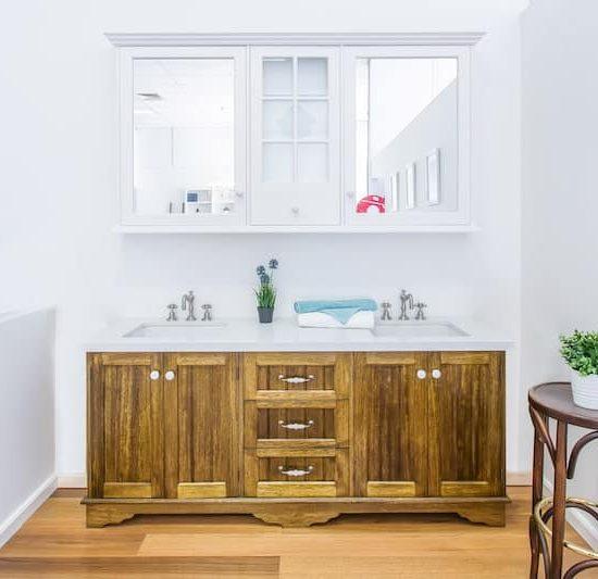 french provincial bathroom vanity display_185A5763-min