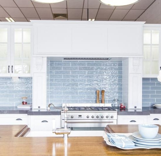 french provincial kitchen display_185A5539-min