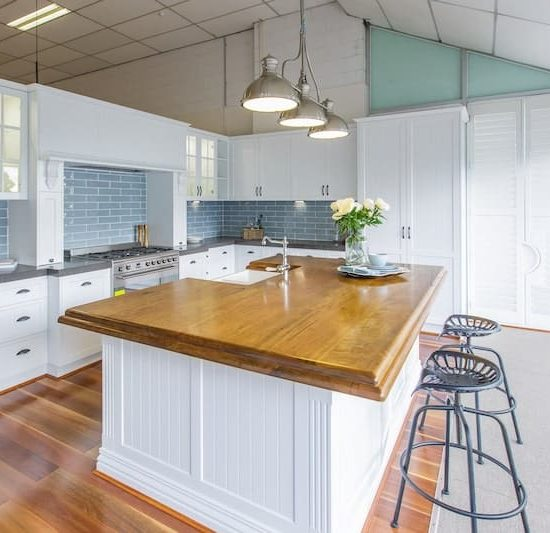 french provincial kitchen display_185A5787-min