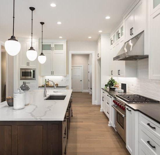 hampton kitchen_685794584-min
