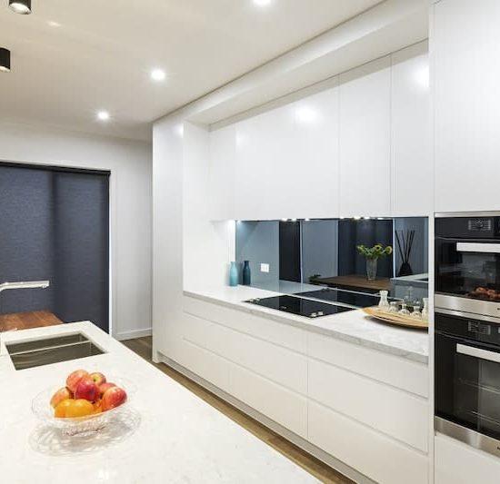 modern minimalist kitchen wsmontalbert_5456-min