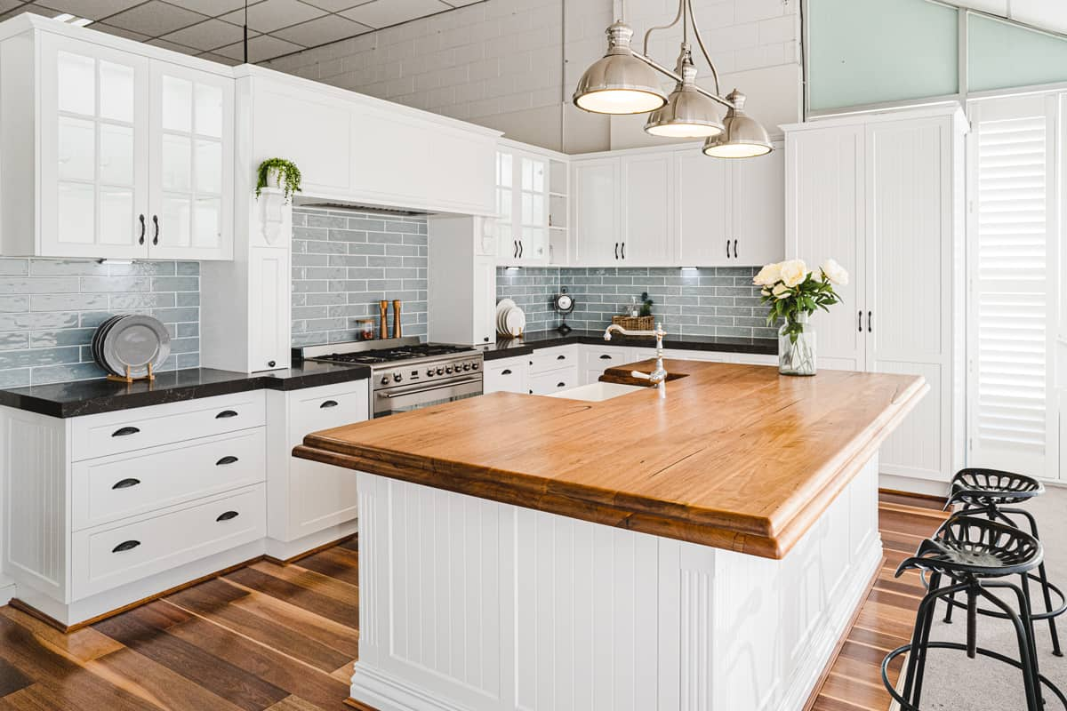 french-provincial-kitchen-with-timber-benchtop-eastern-baltic-showroom