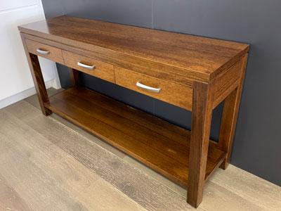 Andison-tasmanian-oak-console-table