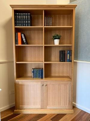 Federal-tasmanian-oak-hardwood-bookcase-with-doors